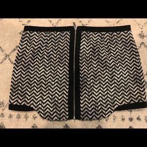 Mini skirt zip back